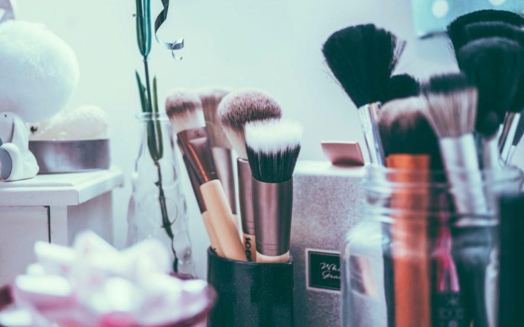 Makeup Aveda