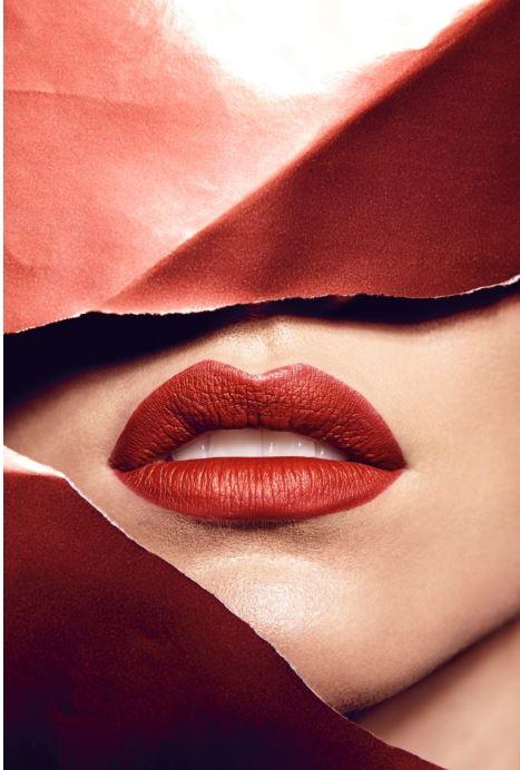 lipgloss lipstick makeup